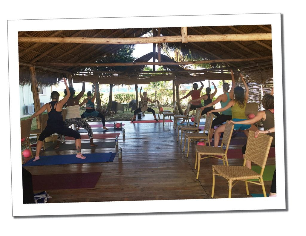 SueWhereWhyWhat & a class demonstrating Pop Physique, at retreat insider, Viñales, Cuba