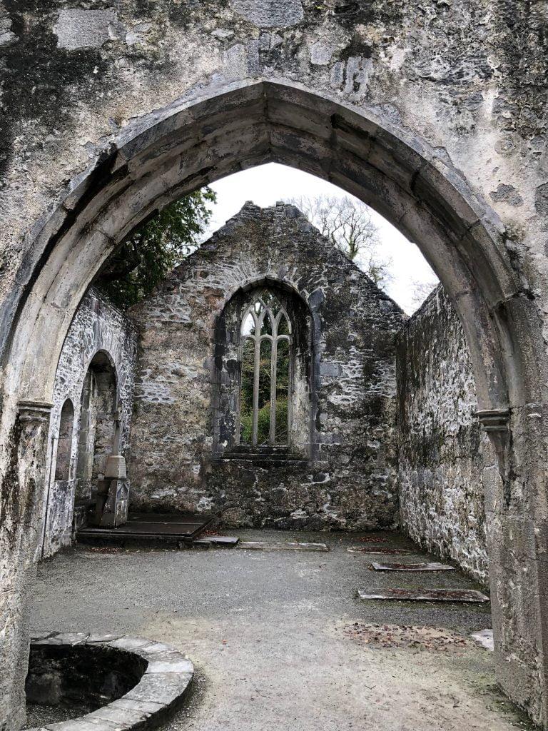 Muckross Abbey, Killarney National Park, County Kerry, Ireland