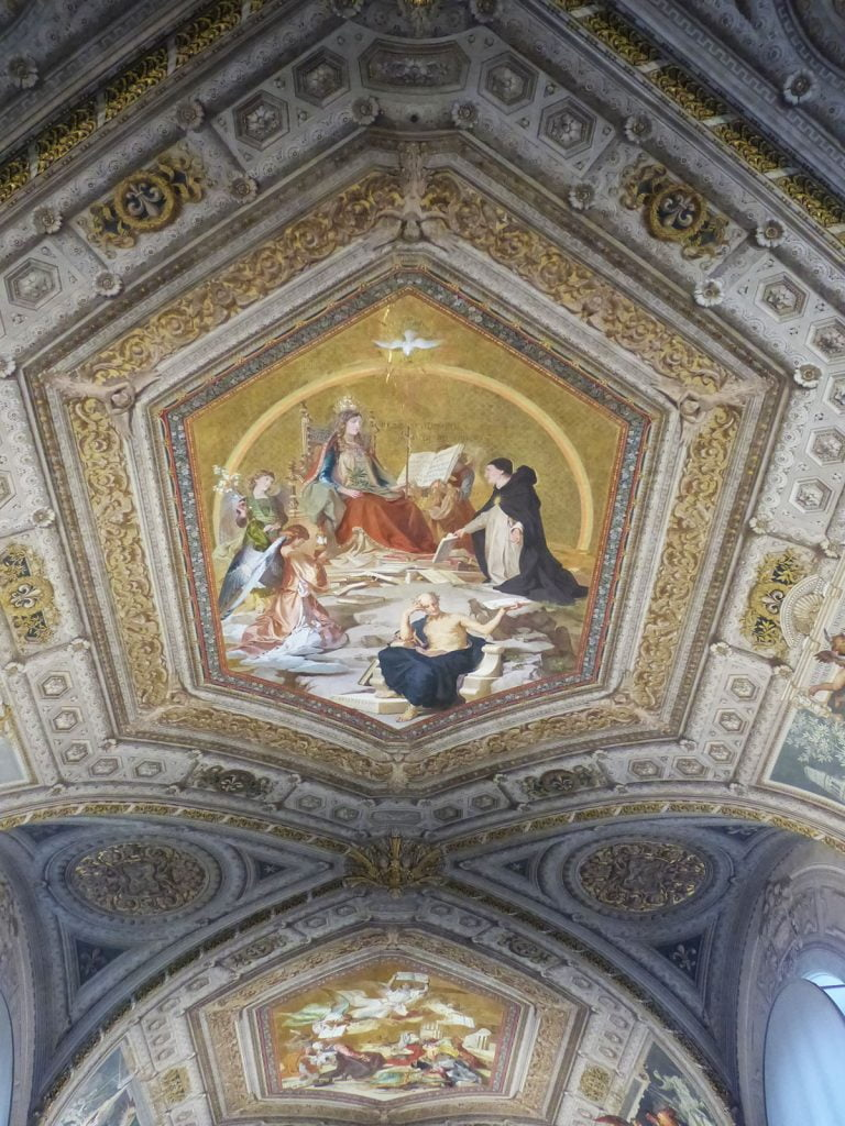 Ceiling St Peters Basilica, Rome, Italy