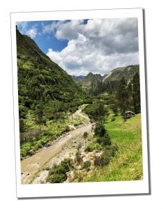Quilotoa Loop Ecuador - Top 16 Tips for Hiking as a Woman Alone