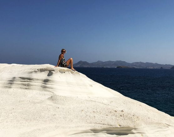 Island Hopping in the Cyclades – The Perfect Greek Island Itinerary Title pic