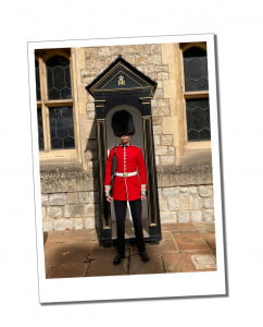 Sentry Gaurd 15 Amazing Things To See & Top Tips for Visiting the Tower of London